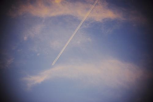 A_vapor_trail